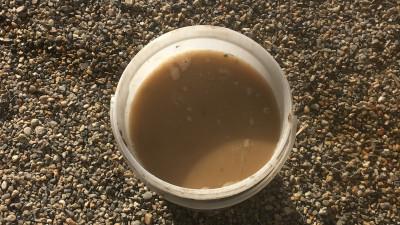 laisser l'argile dans l'eau