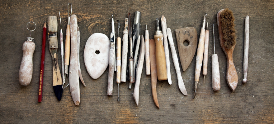 outils poterie indispensables